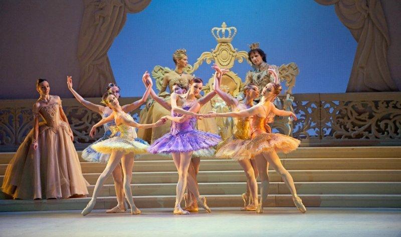 Сцена из балета «Спящая красавица», Михайловский театр, 2019 год