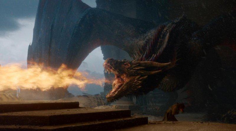 Дрогон, уничтожающий Железный трон