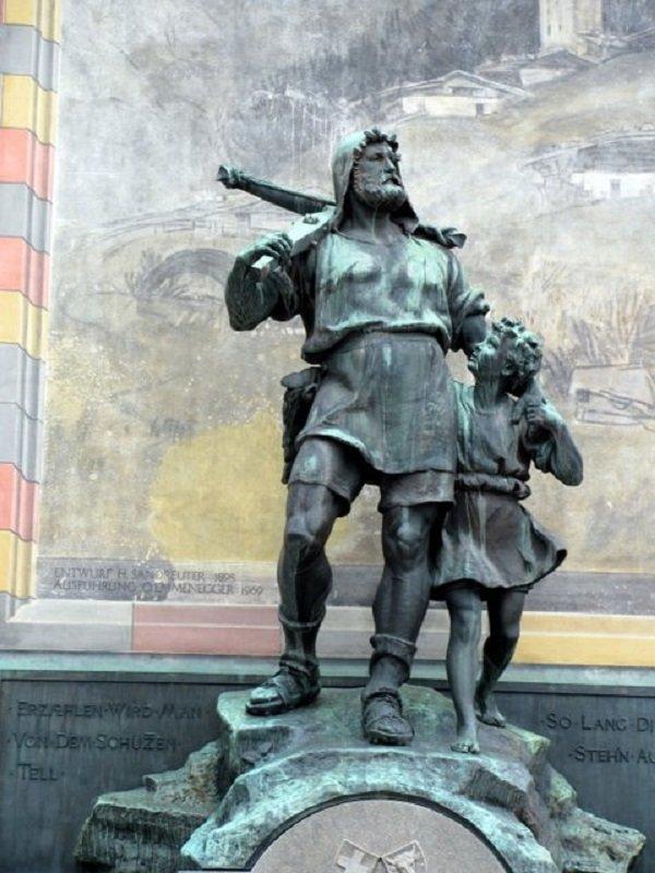 Памятник Вильгельму Теллю в Альтдорфе (кантон Ури)