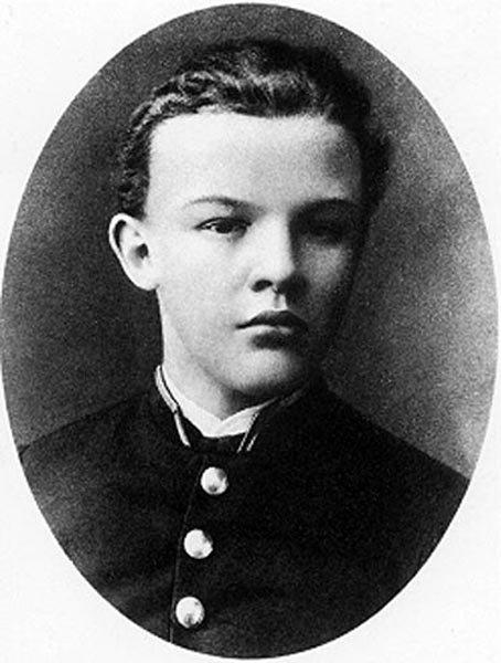 Владимир Ульянов в 1887 году