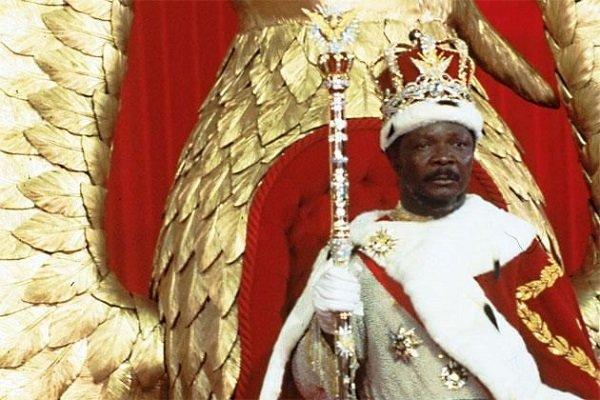 Император Бокасса во время церемонии коронации. 1977 год