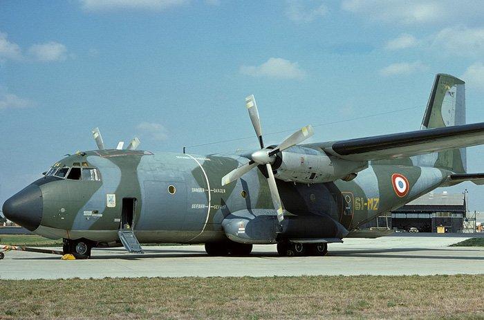 Средний военно-транспортный самолёт Transall