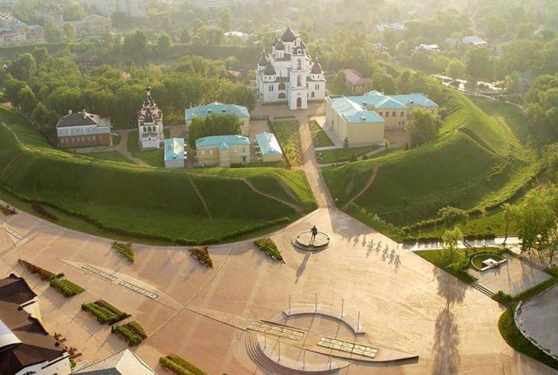 Панорамный вид на исторический центр города Дмитров