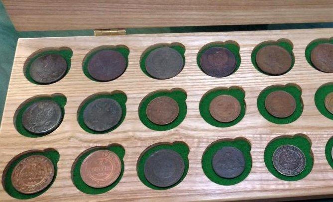 Планшетное хранение монет