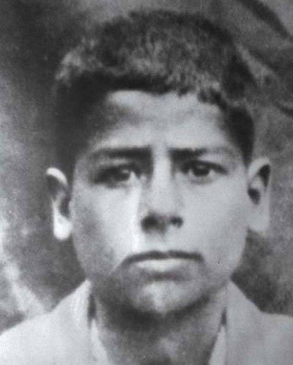 Саддам Хусейн в юности