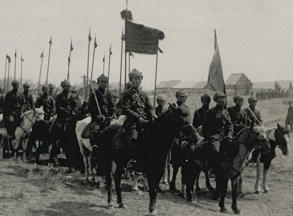 Эскадрон тувинских кавалеристов. Фото начала 1930-х гг.
