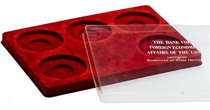 Планшет для размещения капсул, обеспечивающих высокую степень сохранности коллекционных экземпляров