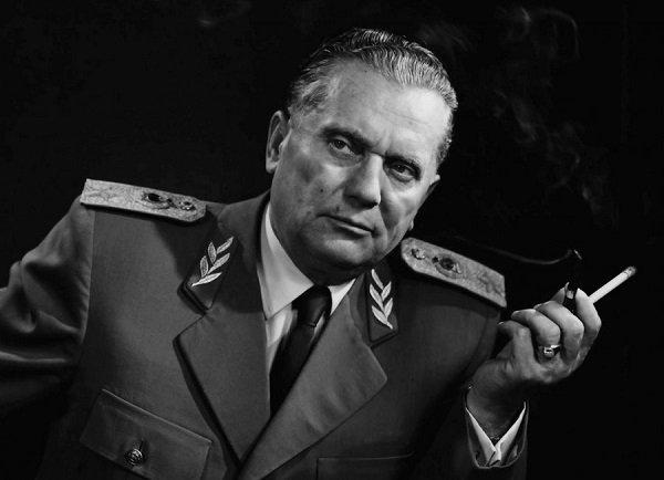 """Президент СФРЮ Тито был ярым курильщиком. (""""Тито"""" - партийный псевдоним Иосипа Броза в годы подпольной работы в 1930-х годах)"""