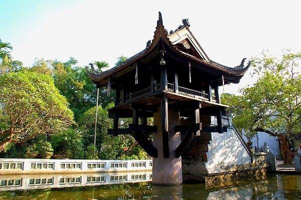 Храм Тюа-Мот-Кот. XI век. Ханой