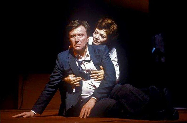 Андрей Миронов играет Кеннеди в спектакле «Бремя решений», 1986 год