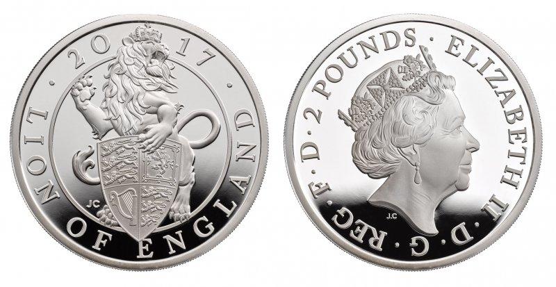Серебряная монета 2 фунта. На реверсе Лев держит щит Королевского герба Соединённого Королевства в том виде, как он выглядит с момента вступления на престол королевы Виктории в 1837 году