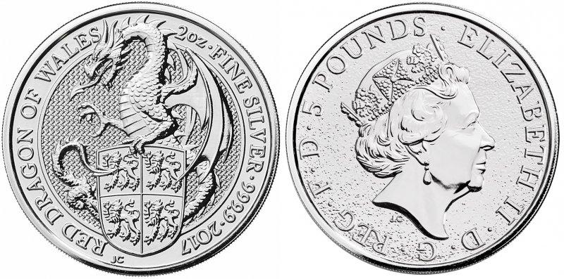 Серебряная монета 5 фунтов. Красный Дракон, символизирующий суверенитет и власть, держит личный герб Лливелина Великого, валлийского правителя в 1173 – 1240 годах, являющихся одним из важнейших геральдических символов Уэльса