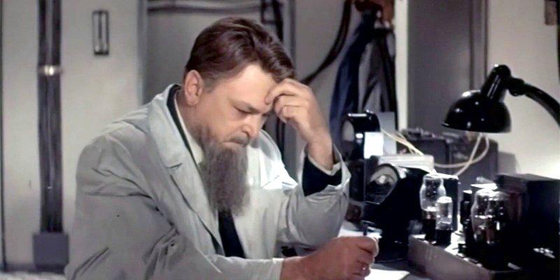 Сергей Бондарчук в роли Игоря Курчатова в фильме «Выбор цели», 1975 год