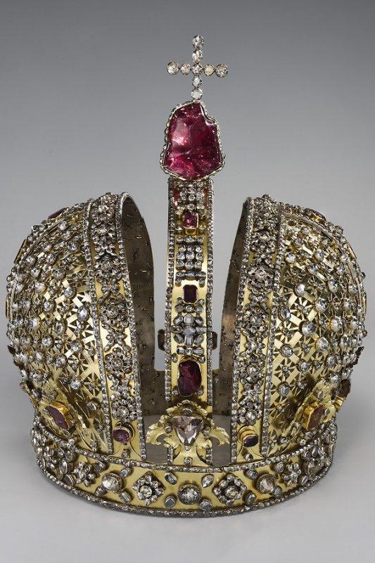 Большая императорская корона Анны Иоанновны. Оружейная палата. 1730 год