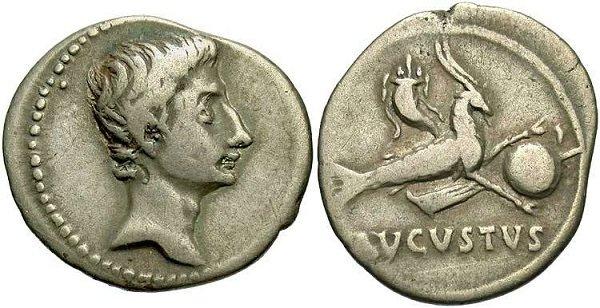 Денарий Августа. 17 год до н.э. Аверс – профиль императора, реверс – рог изобилия на козероге, держащим глобус