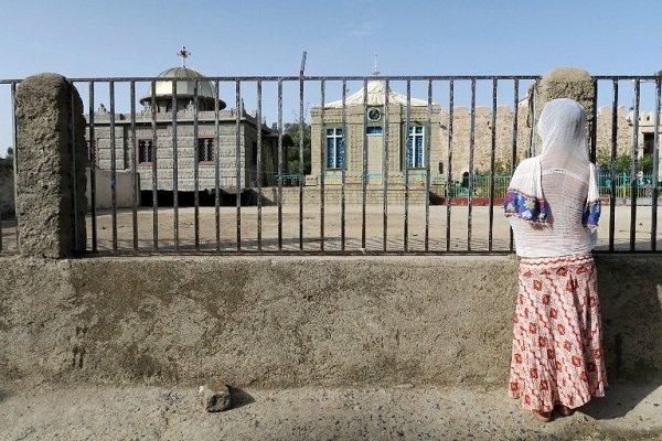 Эфиопы считают, что Ковчег Завета хранится в маленькой церкви с голубыми окнами