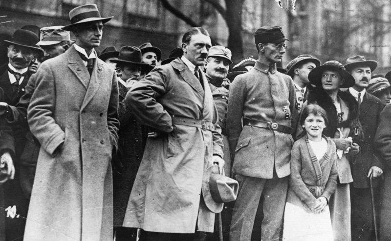 Адольф Гитлер во время «Пивного путча», 1923 год