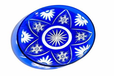 купить Блюдо (фруктовница) с орнаментальным декором, стекло, цветное стекло, гранение, СССР, 1960-1980 гг.