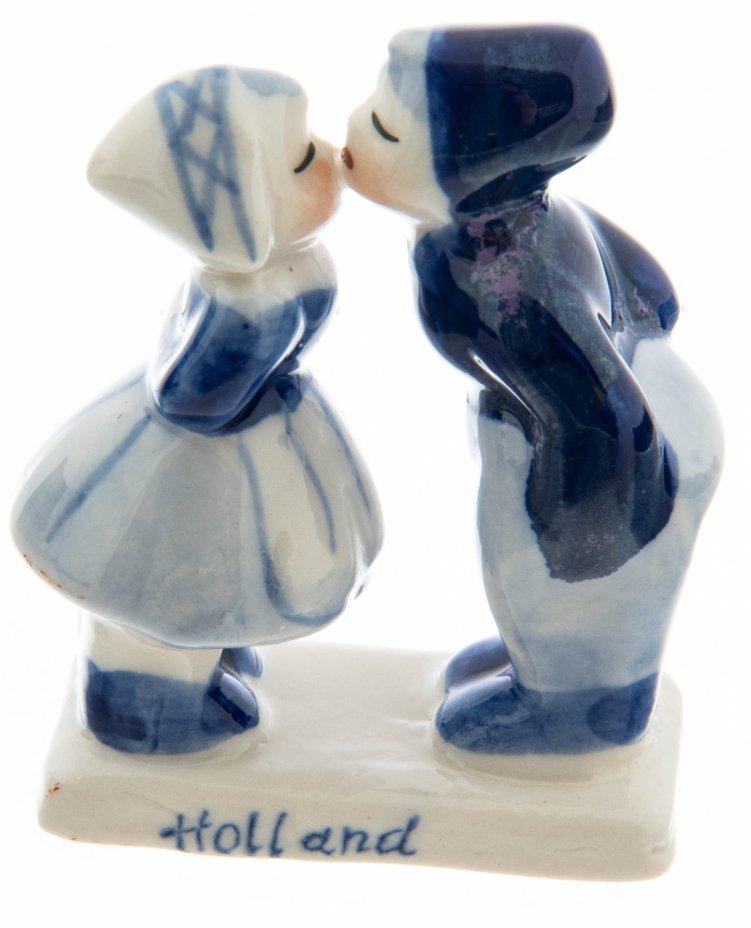 """купить Статуэтка """"Целующаяся пара"""" с надписью """"Holland"""", фарфор, роспись, Нидерланды, 1990-2010 гг."""