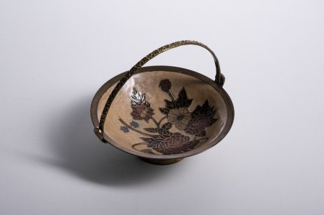 """купить Ваза (конфетница) с цветочным декором в технике """"клуазоне"""", латунь, эмаль, Китай, 1960-1980 гг."""