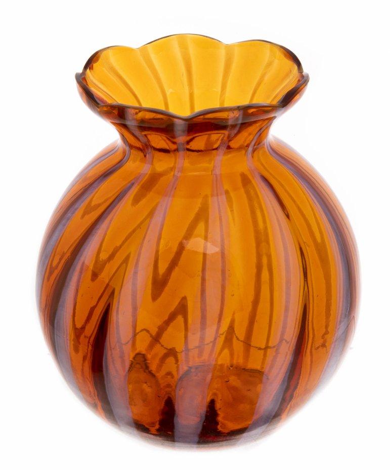 купить Ваза с волнистым бортом украшенная декором в виде полос,  роспись, цветное стекло, СССР, 1980-1991