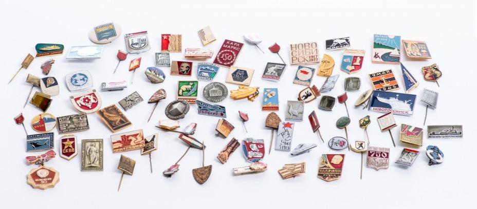купить Набор начинающего фалериста (подборка значков СССР и Европы 1960-1990 гг), алюминий, сплав металла.