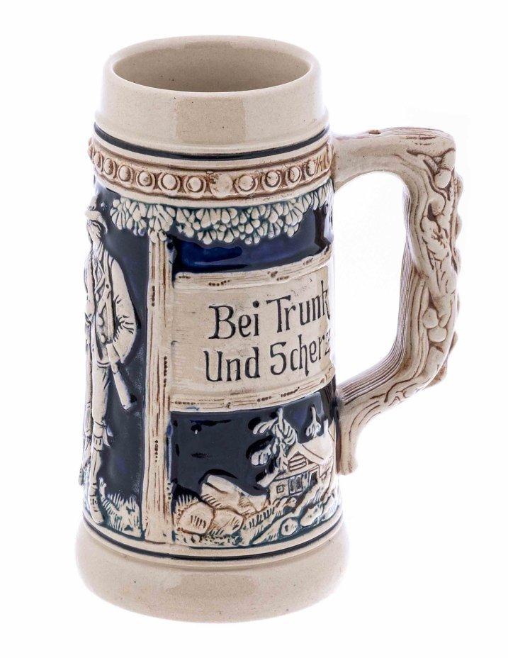 """купить Кружка пивная с рельефным декором """"Bei Trunk Und Scherz Bleibt froh Das Herz"""", 0,5 л., фаянс, роспись, Германия, 1970-1990 гг."""
