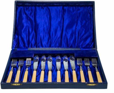 купить Набор для подачи рыбных блюд на 6 персон (12 предметов) в оригинальном футляре, серебро 925 пр., Великобритания, 1930-1980 гг.