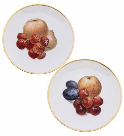 """купить Пара декоративных тарелок с изображением фруктов и ягод, фарфор, деколь, золочение, мануфактура """"Thomas"""", Германия, 1908-1939 гг."""