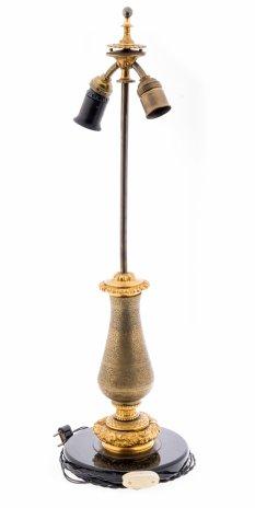купить Основание настольной лампы с фигурной ножкой украшенной растительным орнаментом, камень, металл, гравировка, пластик, Западная Европа, 1940-1970 гг.