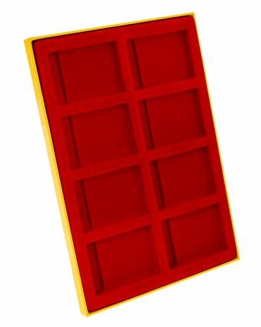 купить Планшет в деревянной раме для  монет в слабах (8 ячеек;62mm x 90mm) красный