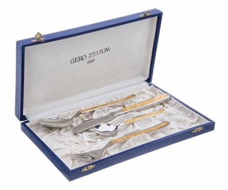купить Набор из четырех столовых приборов на одного человека (коробка в подборе), сталь, позолота, Германия, 1980-2000 гг.