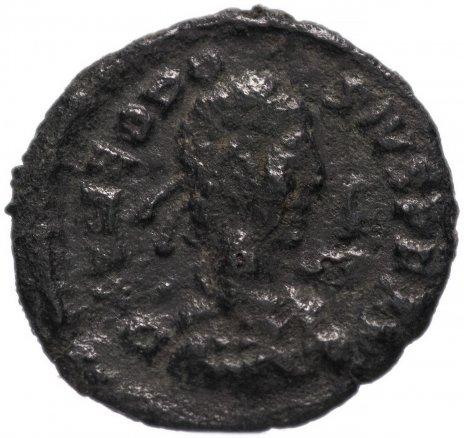 купить Римская Империя Феодосий I 379-395 гг 4 денария (реверс: Виктория идет влево, в руках венок и пальмовая ветвь)