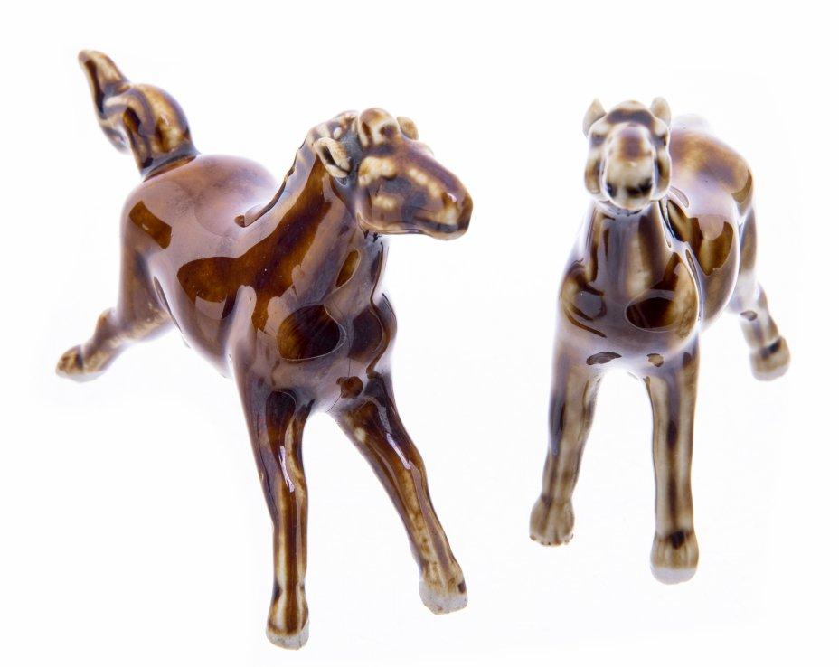 """купить Набор из двух статуэток """"Лошади"""", фарфор, глазурь, Западная Европа, 1980-2000 гг."""