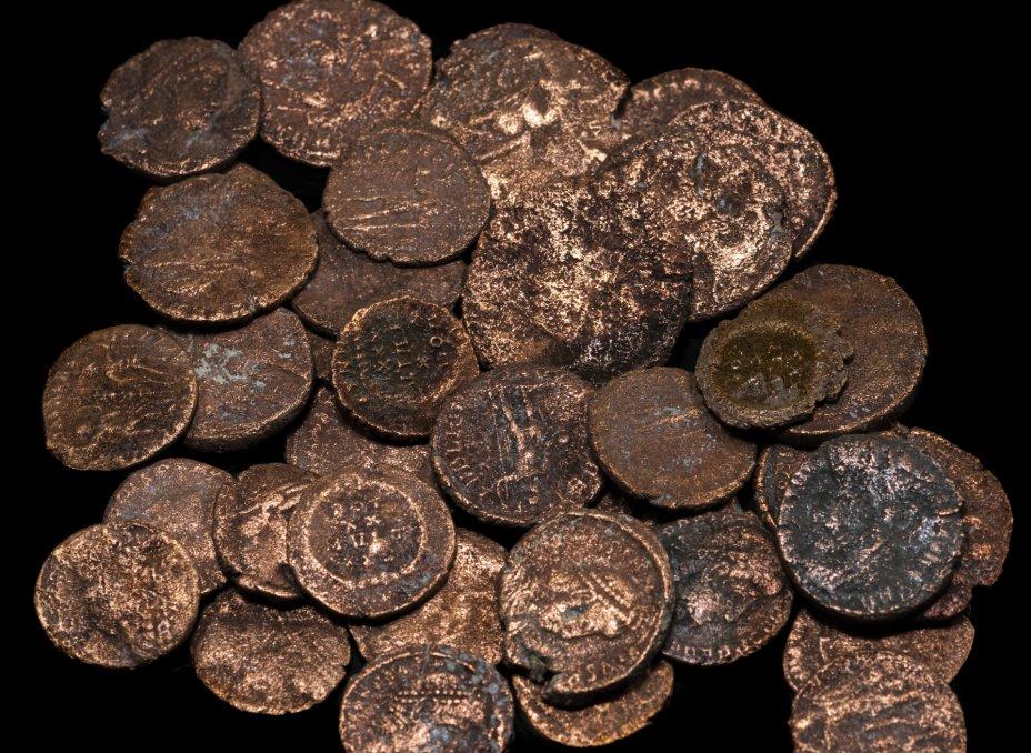 купить Римская империя, Констанций II, 337-361 годы, Нуммий.(39 Монет)