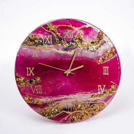 "купить Часы настенные ""Пурпурный закат"", авторская ручная работа в технике Resin Art, Глянцевое 3D покрытие, металл, Россия, 2021 г."