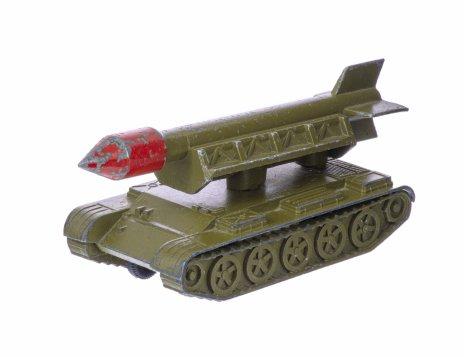купить Модель Ракетная установка- ОТРК 2К6 «Луна»  , металл, пластик, ТПЗ (Тульский приборный завод), СССР, 1970-1990 гг.