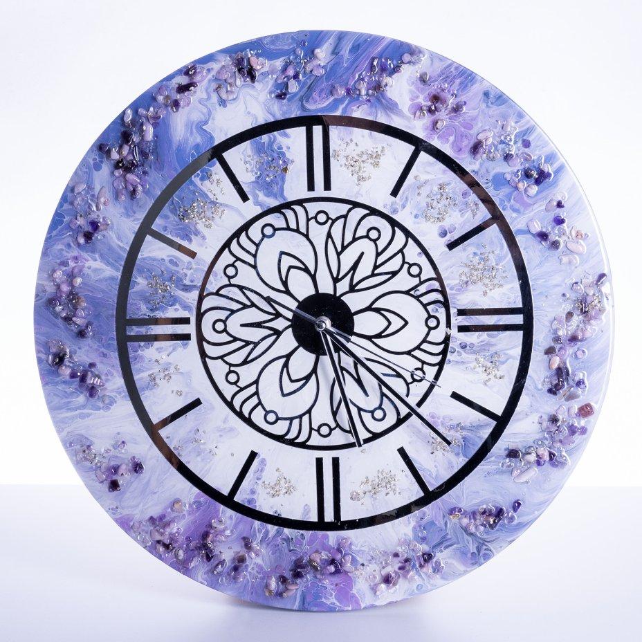 """купить Часы настенные """"Нежность"""", авторская ручная работа в технике Resin Art, Глянцевое 3D покрытие, натуральный камень, Россия, 2021 г."""