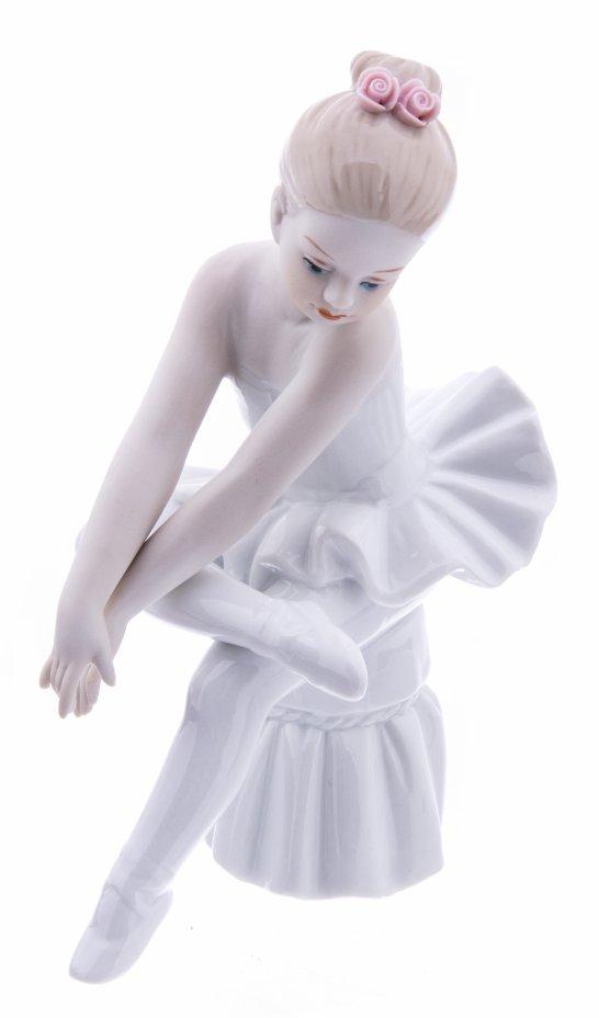 """купить Статуэтка """"Балерина"""", фарфор, глазурь, роспись, Китай, 2000-2010 гг."""