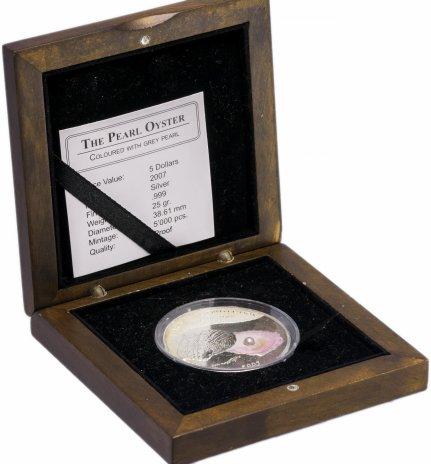 """купить Палау 5 долларов 2007 """"Морская жемчужница. Серый жемчуг"""" в капсуле и деревянном футляре с сертификатом"""