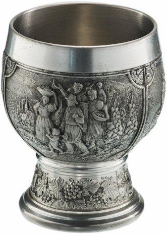 """купить Бокал для вина с рельефным изображением """"Охота"""", олово, фирма """"Zinn-Becker"""", Германия, 1970-1990 гг."""