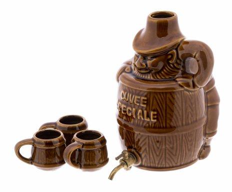 купить Набор для крепких напитков из штофа и трёх стопок в форме бочонка, фаянс, сплав металла, Западная Европа, 1990-2000 гг.
