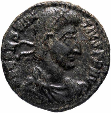 купить Римская Империя Констанций II 337–361 гг центенионалис (реверс: римский легионер, поражающий копьём врага на упавшей лошади, в левой руке держит кругл