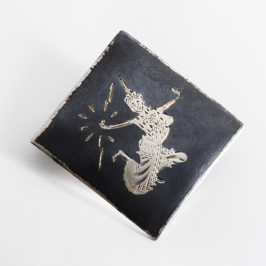 """купить Брошь """"Танцующая"""", серебро 999 пр., гравировка, Индонезия, 1990-2010 г."""