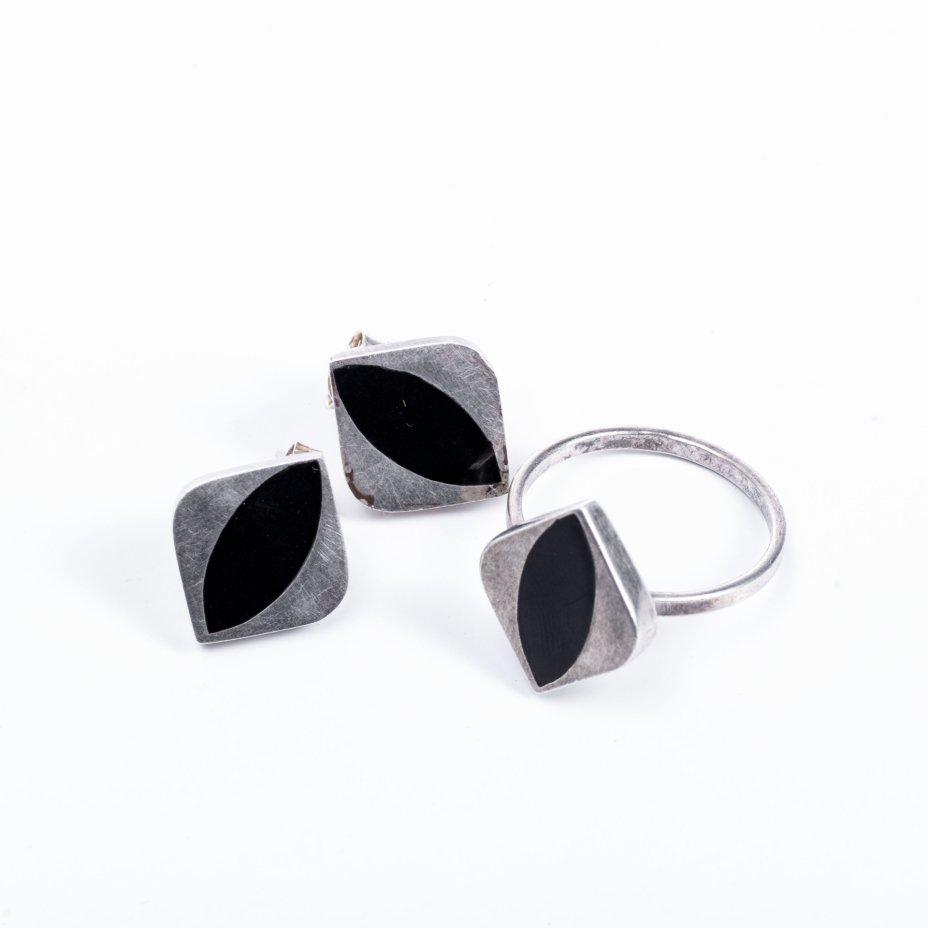 купить Набор из кольца и серег со вставками черного цвета, серебро 925 пр., Западная Европа, 2000-2015 гг.
