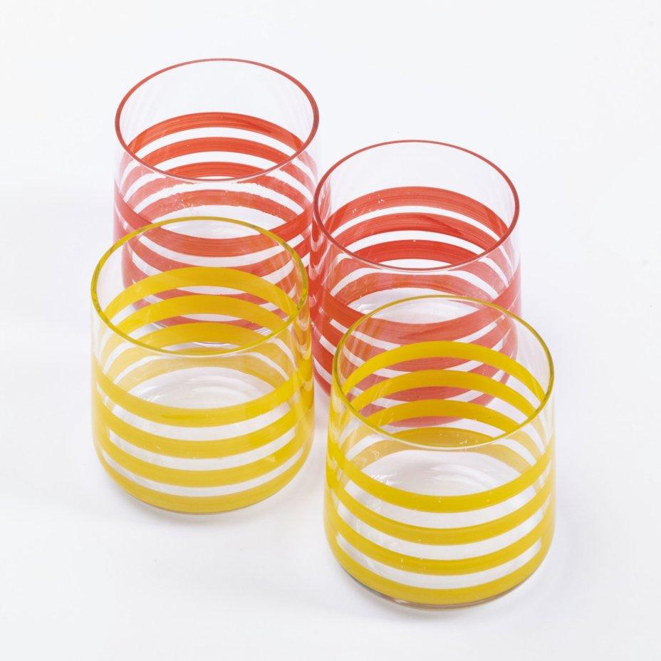 купить Набор из 4 стопок с дизайном в виде полос, стекло, крытье, Чехия, 1980-2000 гг.