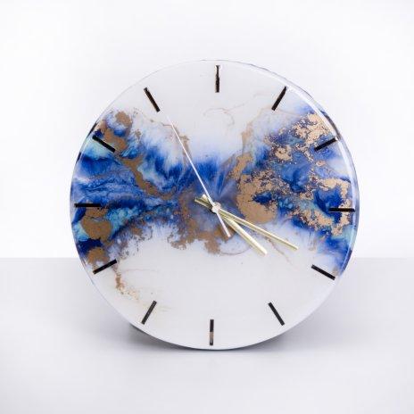 """купить Часы настенные """"Облака"""", авторская ручная работа в технике Resin Art, Глянцевое 3D покрытие, металл, Россия, 2021 г."""