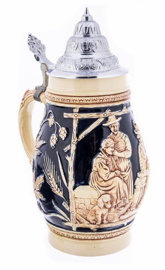 """купить Кружка пивная литровая с крышкой и рельефным декором """"Gerste und Hopfen Gibt gute Tropfen"""" ,  фаянс, олово, рельеф, роспись, Германия, 1970-1990 гг."""