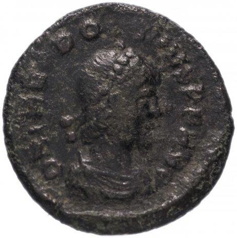 купить Римская Империя Феодосий I 379-395 гг 4 денария (реверс: Виктория идет влево, на плече трофей, волочит пленника)