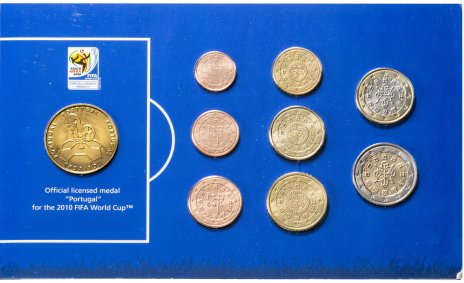"""купить Португалия набор из 8 евро монет и жетона """"Чемпионат мира по футболу 2010"""", в буклете"""